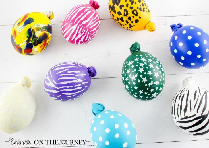 Follow these step-by-step instructions to learn how to make a stress ball for your fidgety and/or anxious kids and teens. | via @homeschljourney
