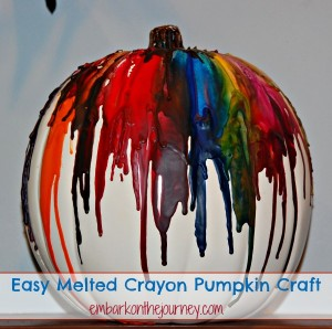 Easy Melted Crayon #Pumpkin Craft | embarkonthejourney.com