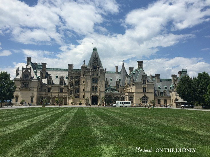 Our first peek at the Biltmore Estate is always breathtaking. The architecture is phenomenal, and the idea that someone actually used to live here is just astounding! | embarkonthejourney.com