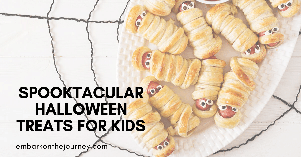 These Halloween treats for kids will be great for your holiday parties, October celebrations, and other spooky gatherings this month.